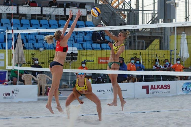 Match de beach-volley entre l'Allemagne et la Norvège le 8mars 2021 à Doha